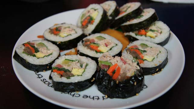 Korean Food - Tuna Kimbap